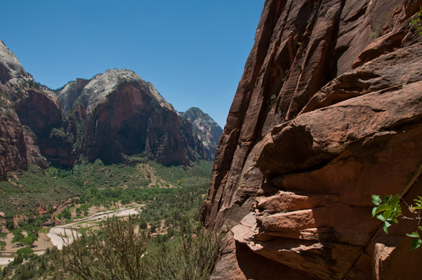 Zion National Park - Angels Landing - Photo by Fangmarks
