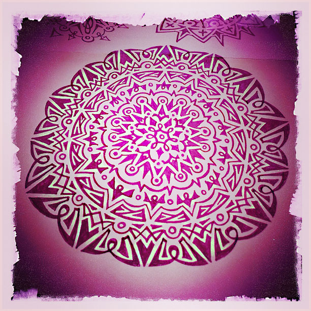 doodle mandala - photo by fangmarks